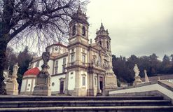 Il santuario di Bom Gesù fa Monte Punto di riferimento popolare e pellegrinaggio fotografie stock libere da diritti
