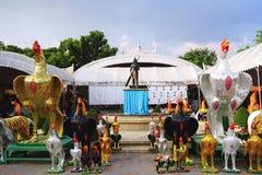 Il santuario tailandese di Phan Norasing è considerare come il simbolo dell'onestà dalla gente locale Molti ospiti vengono qui ad Fotografia Stock Libera da Diritti