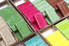 Il sapone di Marsiglia sul supporto ha messo in vendita in Nizza Fotografia Stock Libera da Diritti