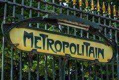 Il segno della metropolitana a Parigi fotografia stock libera da diritti
