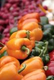 Il servizio del coltivatore - verdure fotografia stock