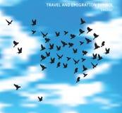 Il simbolo degli uccelli di emigrazione e di viaggio in blu si appanna il cielo royalty illustrazione gratis