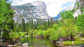 Il simbolo del nord del fronte in parco nazionale di Yosemite immagini stock libere da diritti