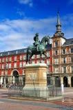 Statua su sindaco della plaza, Madrid, Spagna fotografia stock