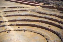 Il sito archeologico a Moray, destinazione di viaggio nella regione di Cusco e la valle sacra, Perù Terrazzi concentrici maestosi Immagine Stock