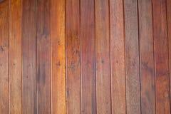 Il soffitto è fatto dalla plancia di legno Fotografia Stock