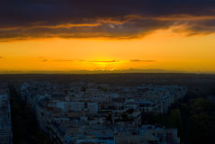 Il sole di sera di Parigi Fotografia Stock Libera da Diritti