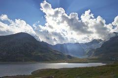 Il sole dietro le nubi Fotografia Stock Libera da Diritti