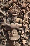 Il sollievo del tempio di Angkor (Banteay Srei), Siem Reap, Cambogia Fotografia Stock Libera da Diritti