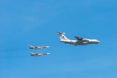 IL-78 и 2 Su-34 Стоковое фото RF