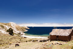 Il Sudamerica, lago Titicaca, Bolivia, paesaggio di Isla del Sol Fotografia Stock
