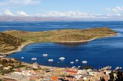 Il Sudamerica, paesaggio del lago Titicaca Immagine Stock