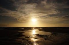 Il Sun sta andando giù Fotografia Stock