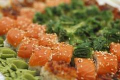 Il sushi collega e rotola la raccolta Fotografie Stock