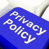 Il tasto del computer di norme sulla privacy nei dati di Blue Showing Company protegge Fotografie Stock