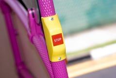 Il tasto di arresto all'interno del bus Immagini Stock Libere da Diritti