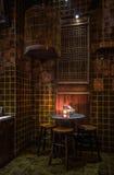 Il tavolo da pranzo cinese ha messo nello scuro, Bangkok, Tailandia Fotografie Stock Libere da Diritti