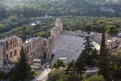 Il teatro antico dell'attico di Herodes è una piccola costruzione della Grecia antica usata per le prestazioni pubbliche di music fotografie stock libere da diritti