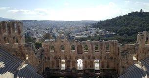 Il teatro dell'attico di Herodion sotto le rovine dell'acropoli immagini stock