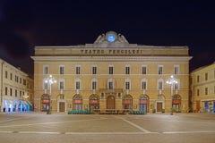 Il teatro Pergolesi - centro storico Jesi l'Italia 2014 del 22 luglio immagine stock