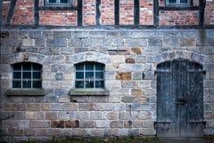 Il tedesco d'annata anziano alloggia l'architettura Immagine Stock