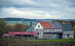Il tedesco d'annata anziano alloggia l'architettura Fotografia Stock Libera da Diritti