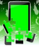 Il telefono cellulare significa il telefono della rete e la comunicazione Fotografia Stock Libera da Diritti