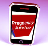 Il telefono di consiglio di gravidanza dà la strategia per la madre ed il bambino Fotografia Stock