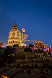 Il tempiale si è illuminato in su per il nuovo anno cinese Fotografia Stock Libera da Diritti
