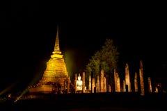 Il tempio antico alla notte Immagini Stock