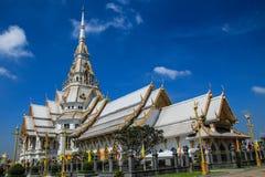Il tempio con il tetto grigio immagine stock