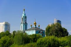 Il tempio di Natale ha benedetto il vergine sulle colline di Krylatsky. Immagini Stock