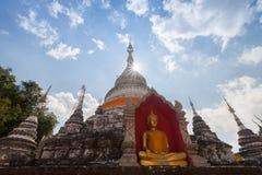 Il tempio di Wat Buppharam è bello tempio in Chiangmai, Thailan Immagini Stock Libere da Diritti