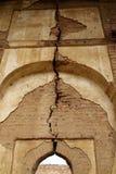 Il tempio rovina la parete incrinata Immagini Stock Libere da Diritti