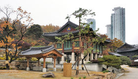 Il tempio Seoul di Bongeunsa Immagini Stock