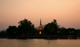 Il tempio a tempo crepuscolare Fotografie Stock Libere da Diritti