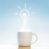 Il tempo del caffè ottiene la buona idea fotografia stock