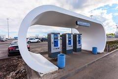Il terminale di pagamento per il pagamento di parcheggio dell'automobile alla samara ai Fotografia Stock