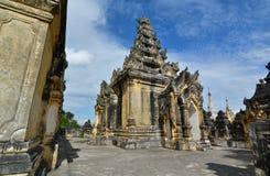 Il terrazzo superiore Maha Aungmye Bonzan Monastery Inwa Regione di Mandalay myanmar fotografia stock