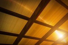 Il tetto è fatto del policarbonato fotografia stock libera da diritti