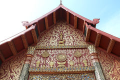Il tetto del tempio tailandese Immagini Stock Libere da Diritti
