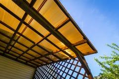 Il tetto della veranda del policarbonato fotografia stock libera da diritti