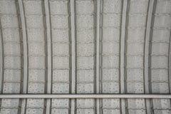 Il tetto fatto della lamina di metallo come fondo Fotografia Stock