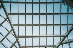 Il tetto traslucido nel giorno nuvoloso Fotografia Stock Libera da Diritti