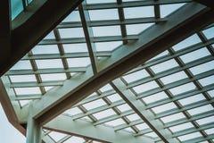 Il tetto traslucido nel giorno nuvoloso Fotografie Stock