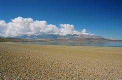 Il Tibet, lago Rakshas. Immagine Stock Libera da Diritti