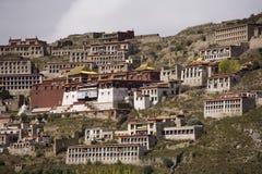 Il Tibet - monastero di Ganden Namgyeling immagine stock libera da diritti