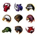 Il toro, rinoceronte, lupo, aquila, cobra, alligatore, pantera, testa del verro ha isolato il concetto di logo di vettore Immagini Stock