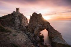 Il Torre del Pirulico, il ³ n di Atalaya del Peñà o Torre de los Diablos è un posto di guardia o posto di guardia costiero situa fotografie stock