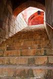 Il traforo della tomba del `s di Humayun incurva con le scala Fotografia Stock Libera da Diritti